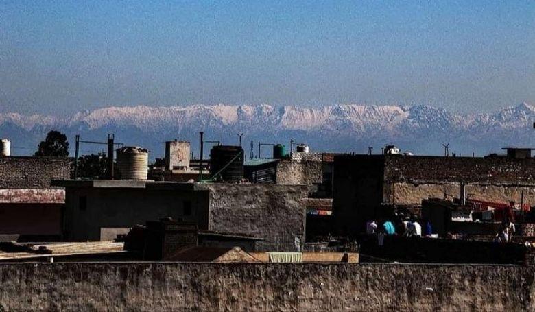 Évtizedek óta először látható a Himalája ilyen messziről
