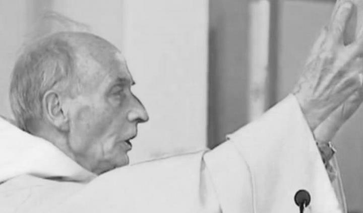 Egyszerű papból vált a remény jelévé