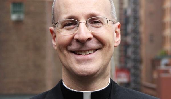 James Martin: Aki felsőbbrendű, nem keresztény