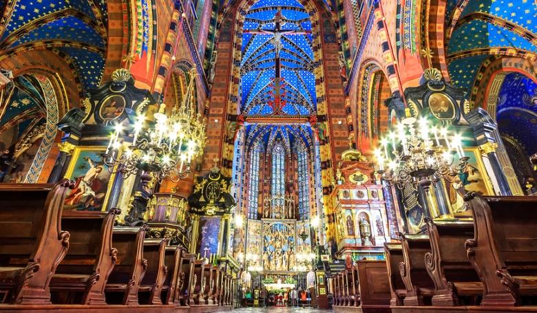 25 ezer pap, 2300 szeminarista – így állnak a lengyel katolikusok