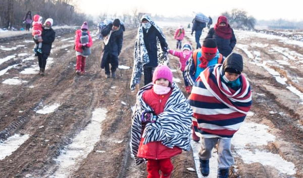 Ferenc pápa: Ismerjük fel Isten tervét a migrációban!