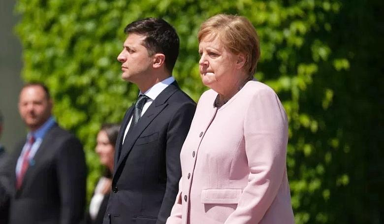 Remegésrohammal küzd a német kancellár