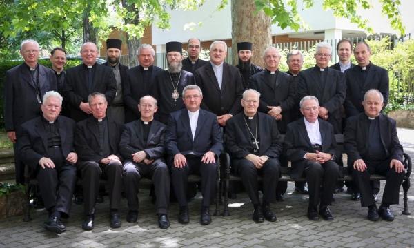 Magyar katolikus püspökök: befogadjuk a menekülteket