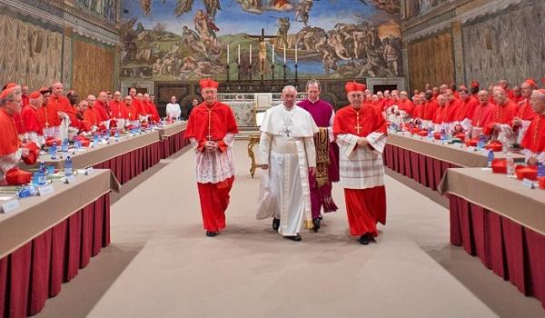 Pletyka terjed a pápa lemondatásáról