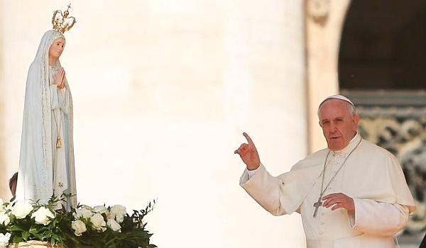 Ferenc pápa páros lábbal beleszállt Mária tisztelőibe - vagy mégsem?