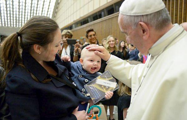 Ferenc pápa a muszlimokhoz: testvérek vagyunk