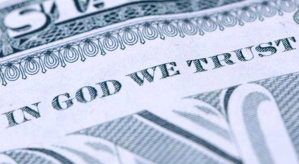 120 ezres bibliaóra és társai – korrupció a reformátusoknál vagy politikai lufi?