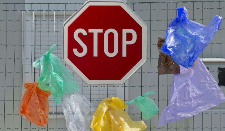 Kína minden városában betiltja a nem lebomló műanyagzacskókat 2022-ig