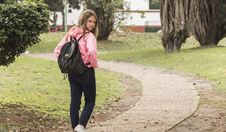 Kisebb az elhízás veszélye, ha gyalog jár a gyerek iskolába