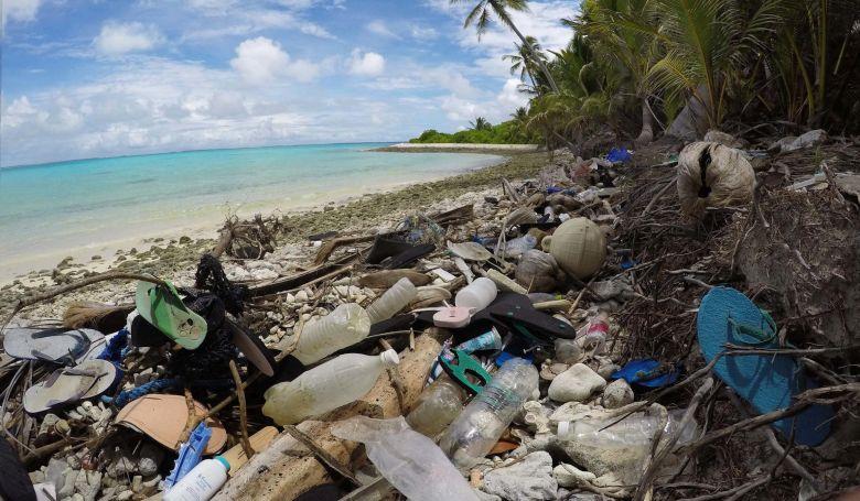 414 millió darab műanyag szemét árasztotta el az Indiai-óceán egyik szigetcsoportját