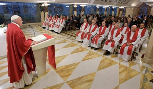 Ferenc pápa: Sokan az álszent keresztények miatt ateisták