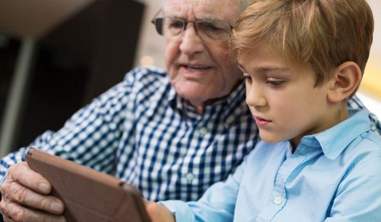 Ne féltsük az időseket a digitális technológiától!
