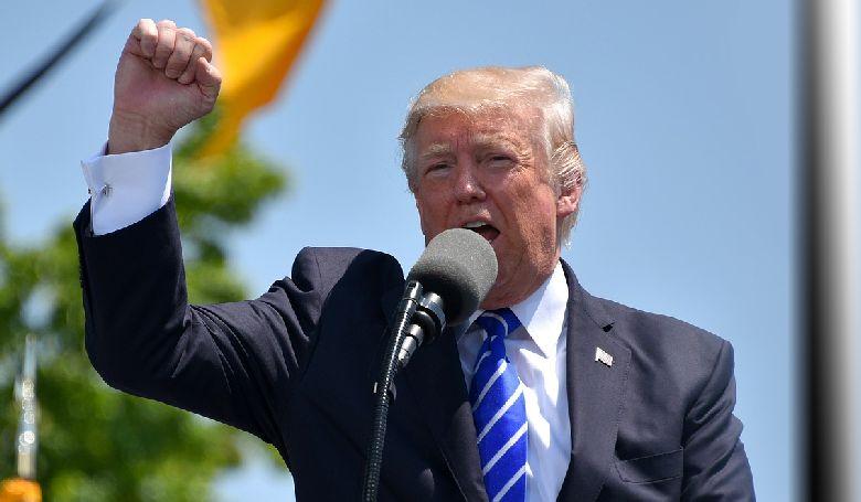 Donald Trump hosszabbítana elnökségén