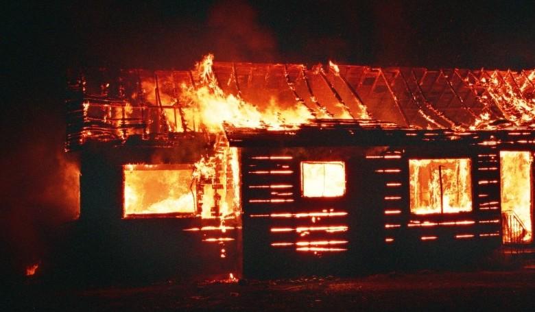 Tragikus tűzeset: egy gyerek meghalt