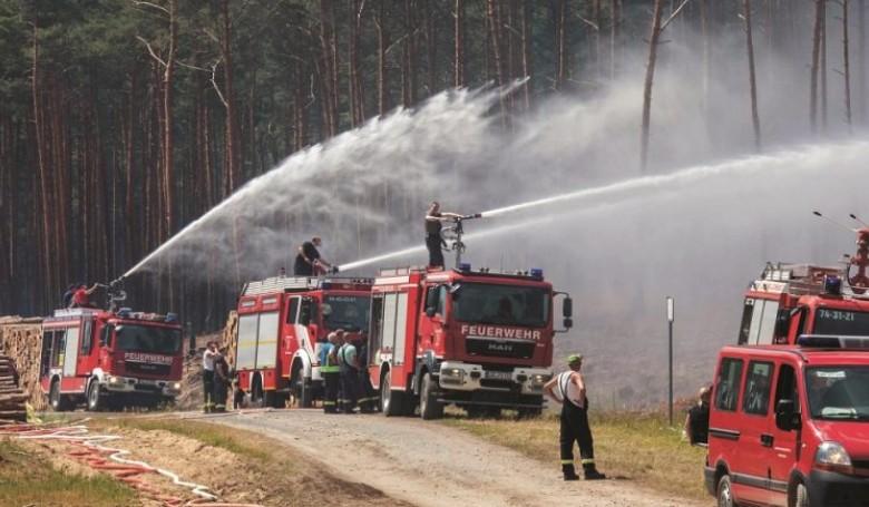 Még nem sikerült teljesen megfékezni a németországi tüzet