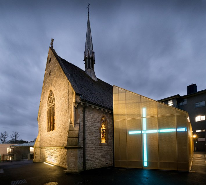 university-westminster-chapel-design-engine-architects-architecture-cultural-riba-uk_dezeen_2364_col_1.jpg