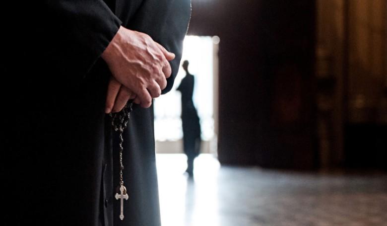 A francia katolikus egyház várja a visszaélések áldozatainak jelentkezését