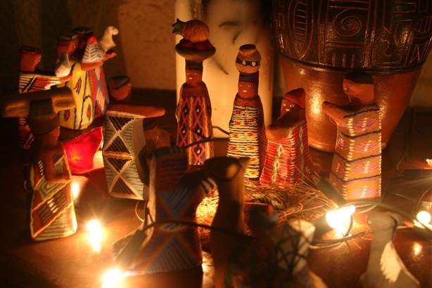web-nativity-manger-christmas-cc3b4te-d_ivoire-robin-taylor-cc.jpg
