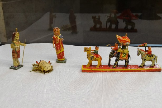 web-nativity-manger-christmas-india-john-donaghy-cc.jpg