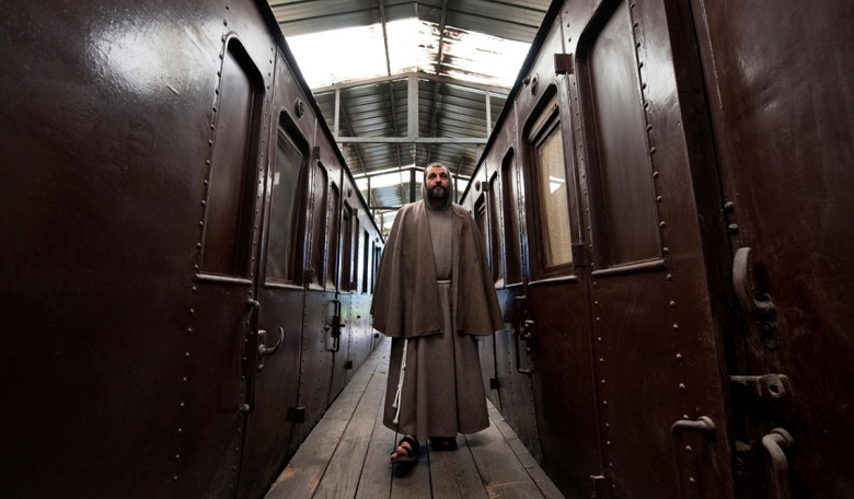 web3-father-damiano-train-franciscan-friars-mario-laporta-kontro-lab-03.jpg