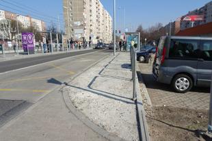 Fehérvári út: szeptemberben adták át, eddig bírta