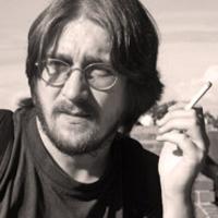 Papp Attila Zsolt: Holdpolgár