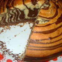 Zebra csíkos süti