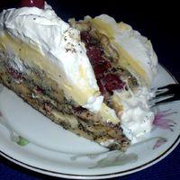 Meggyes-madártejkrémes mákos guba torta