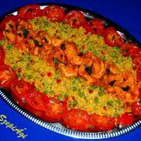 Pikáns csirkemell zöldséges-vegyes rizskörettel, paradicsomsalátával
