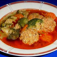 Brokkoli leves húsgombóccal