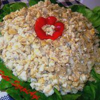 Tojásos nokedli, friss salátával