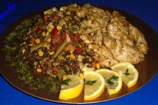 Citromos- fokhagymás csirkemell, fekete lencse salátával