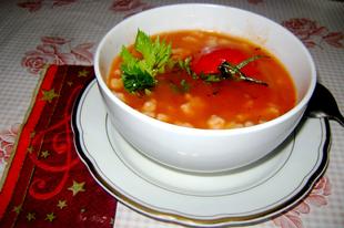 Paradicsompüré leves, grízes galuskával