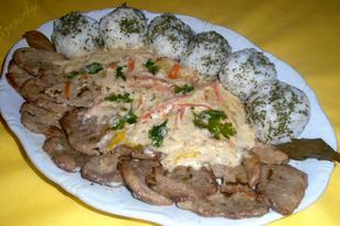 Sertés szűzérmék Eszterházy módra, petrezselymes rizsgolyókkal