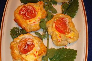 Túrós-barackos süti virágok