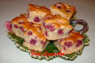 Kavart cseresznyés vagy meggyes süti