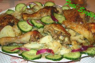 Sütőben sült csirkecombok, petrezselyem -besameles krumpliágyon