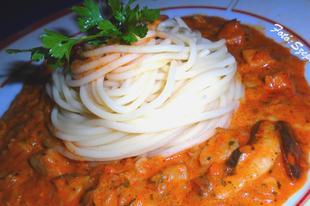 Durum spagetti tejszínes vargányaszósszal