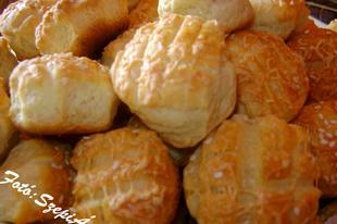 Szezámmagos,sajtos,vajas pogácsa