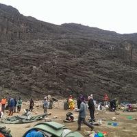 Woody Allennel a Kilimandzsáró tetején