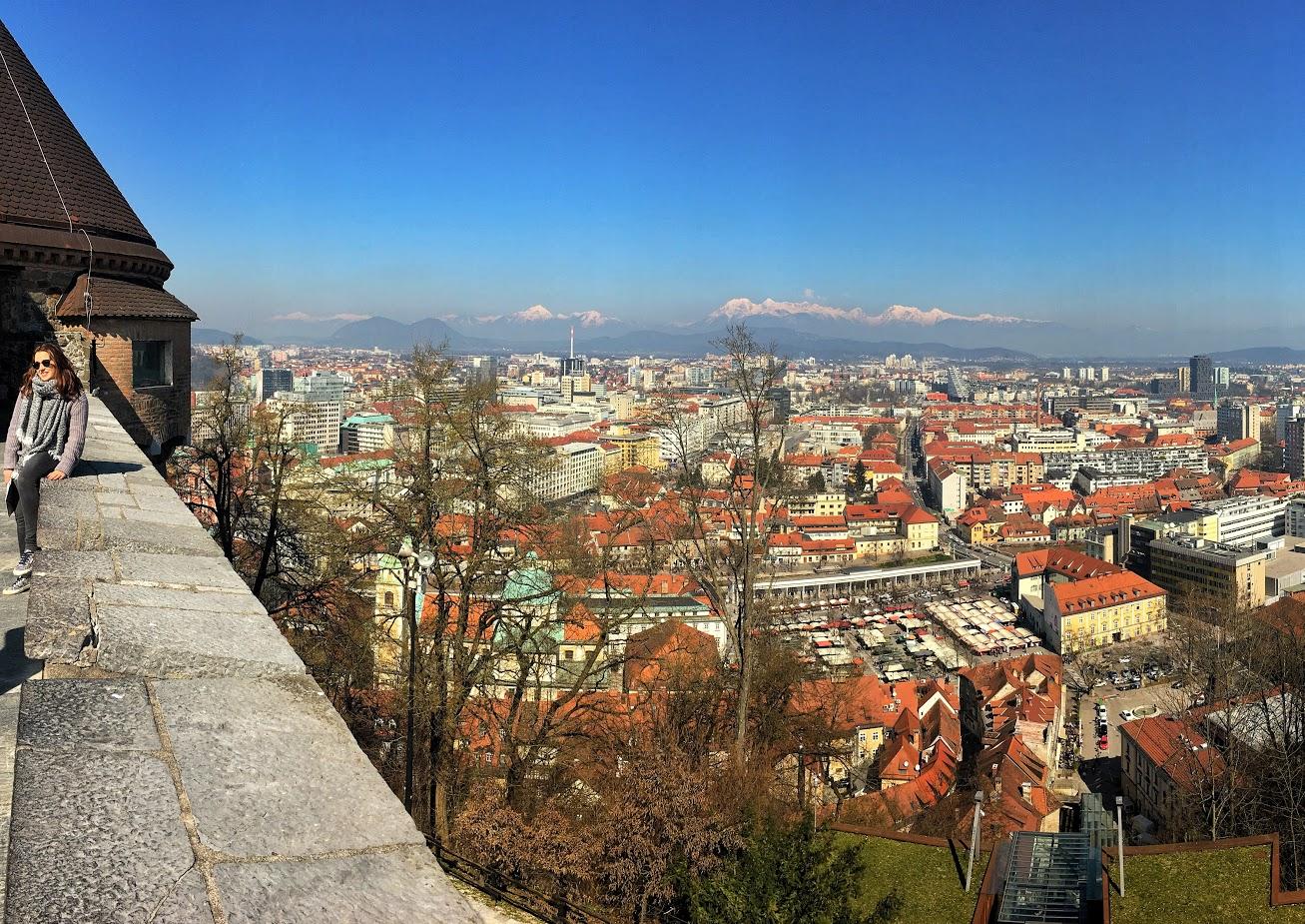 Kilátás a Triglavra a ljubjanai várból