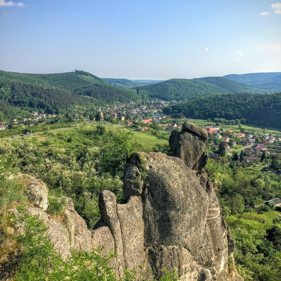 A siroki vár sziklái