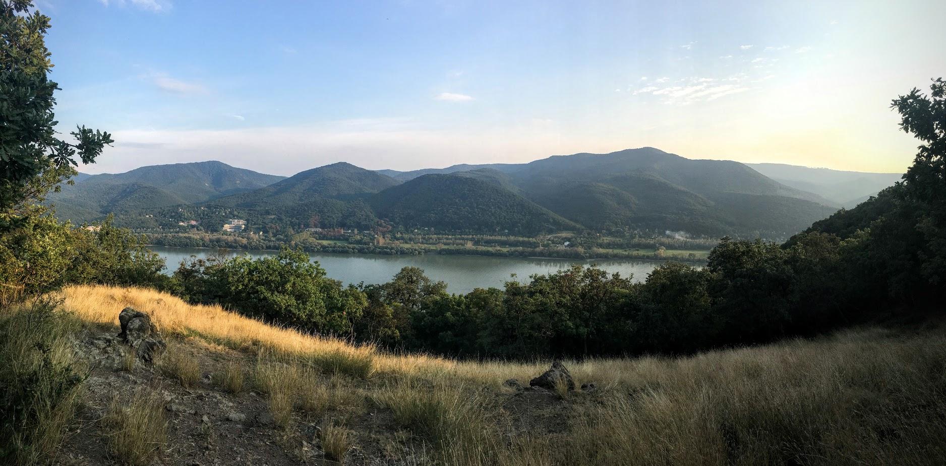 Meg ezt a Duna csíkot is