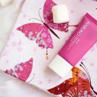 Ne feledjétek, ezen a hétvégén rózsás hidratáló kézkrémet adunk ajándékba!