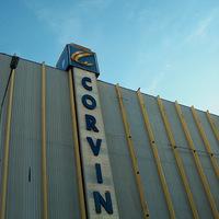 A Corvin Áruház oldalnézetből