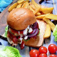 Pulykaburger szilvalekvárral