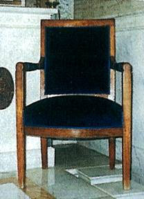Cs.fotel.jpg