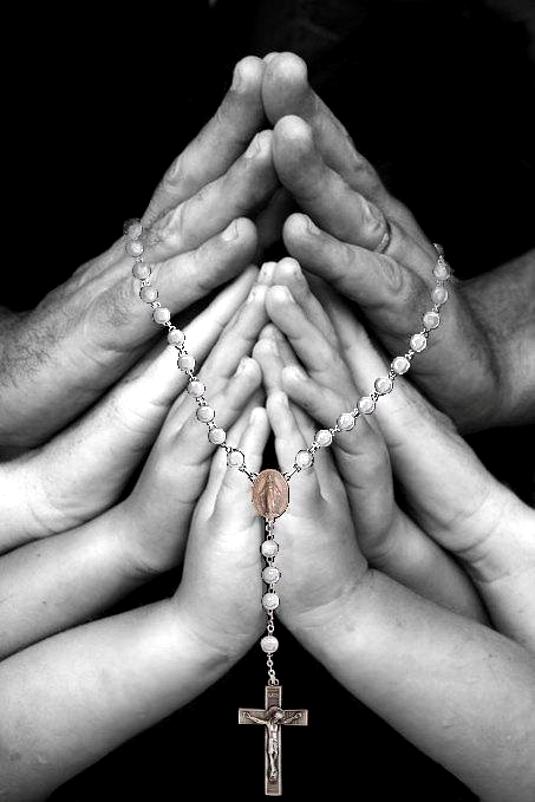 ima_praying_hands_2_535_1.JPG