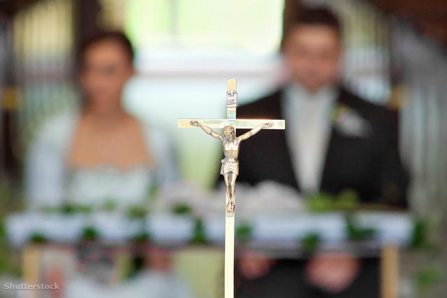 katolikus házasságkotes_wm_1.jpg