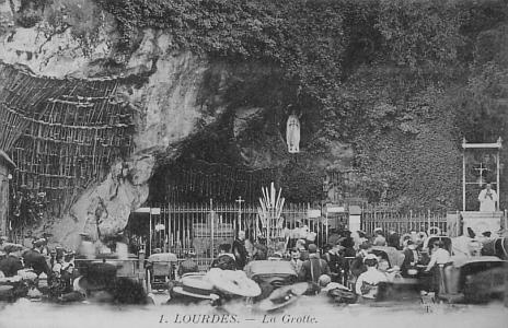 lourdes-grotte002.jpg
